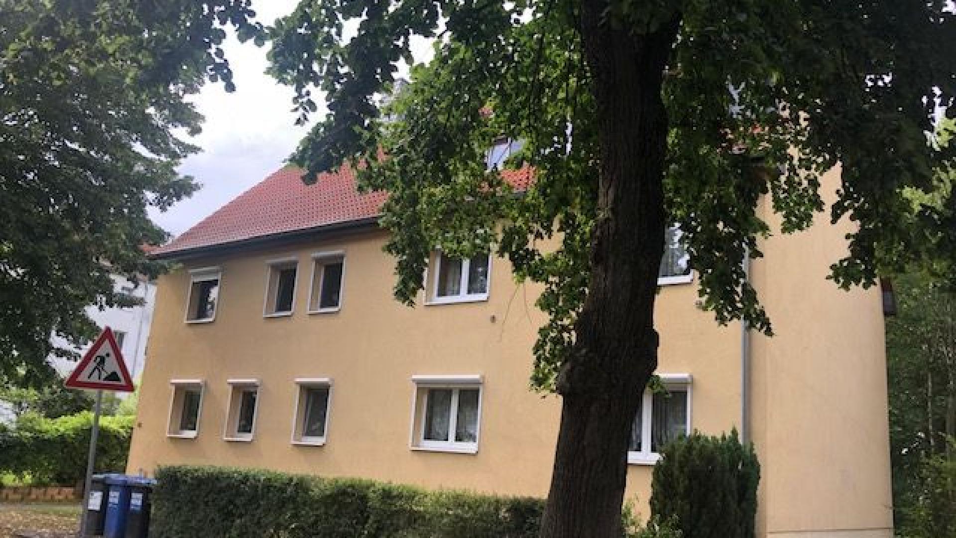 NEUER KAUFPREIS: Eigennutz oder Vermietung: 4 Zimmer-DG Wohnung inkl. Einbauküche in Schkeuditz